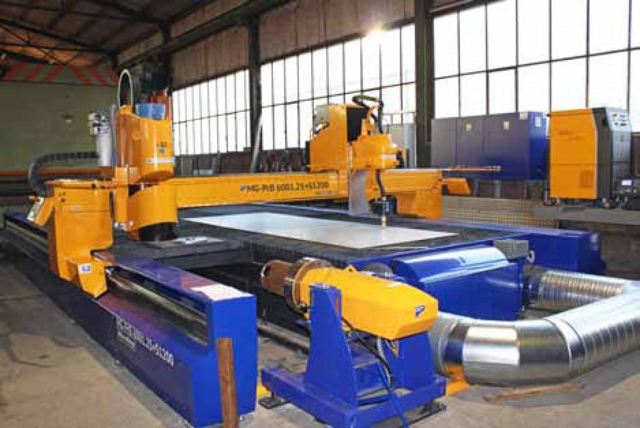 Saubere 3D-Rohr- und Profilbearbeitung bis 6.000 mm in der Länge und 30 bis 700 mm im Durchmesser (bei Rundrohren).
