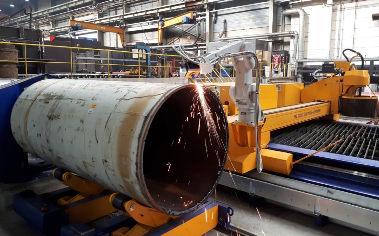 Robotic Arm CNC Cutting / News - MicroStep